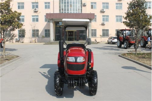 QLN-250/254(25hp 18.4KW 2/4WD) Wheeled Tractor