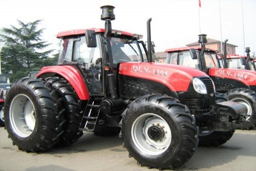 QLN-1804 wheel tractor (180hp, 132kw)